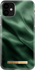 iDeal of Sweden Fashion Case iPhone XR/11 Emerald Satin